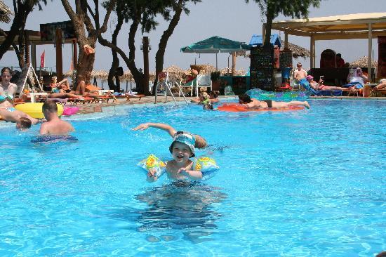 Ideal Beach Hotel: The pool and beach area