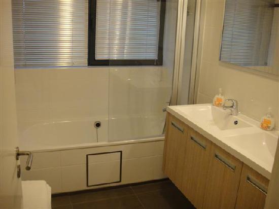Housingbrussels: 浴室