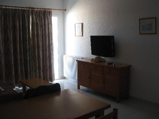 Sol Bahia Ibiza Suites: Living room