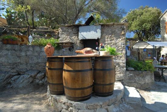 A Casa di Chiara: four ancien a pain authentique