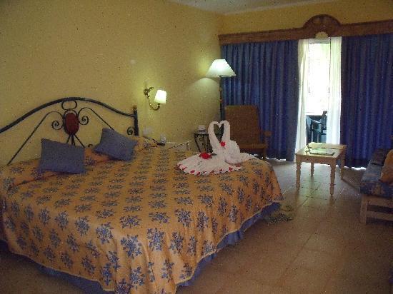 Iberostar Hacienda Dominicus: Our Beautiful Bedroom - Block 4