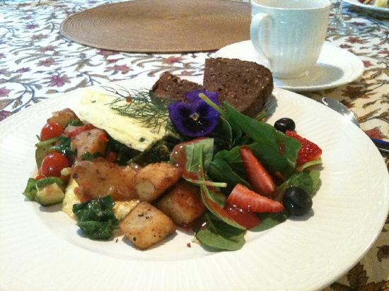 Hartzell House Bed and Breakfast: Gourmet Breakfast