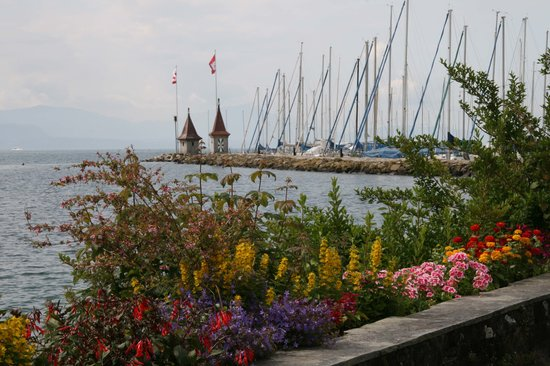 The lakeside at Morges