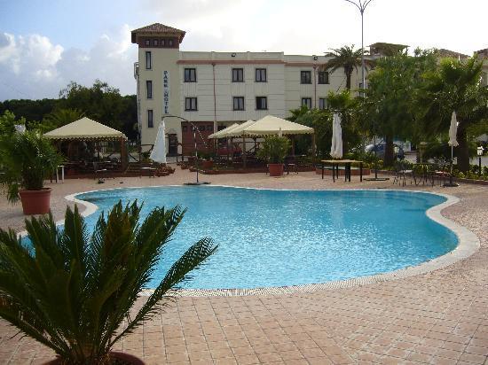 Venus Park Hotel: piscina