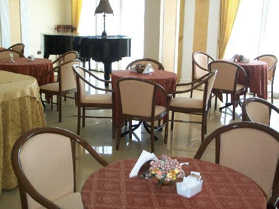 Castel Volturno, Italia: sala colazione