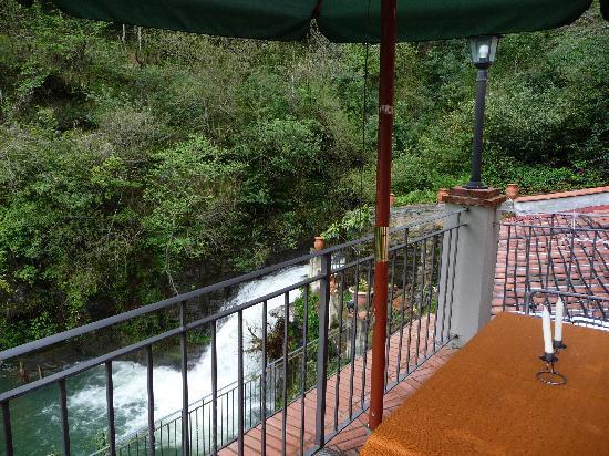 Il Mulinaccio: Vue depuis notre balcon-terrasse