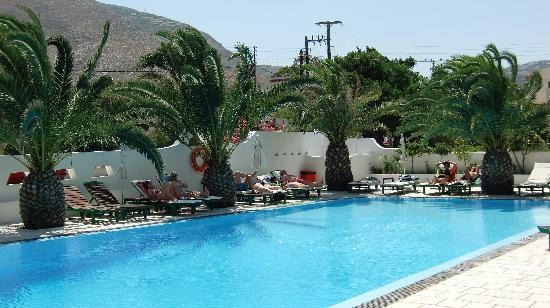 Strogili Hotel: Pool