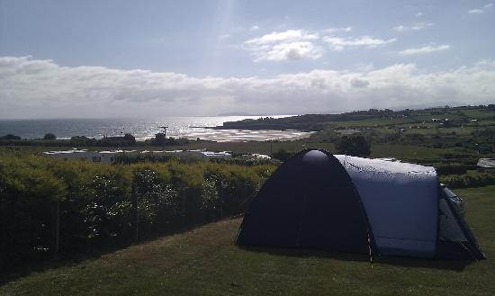 Tyddyn Isaf Camping and Caravan Park: View from our tent to the sea