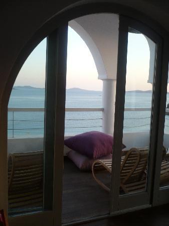 Agios Stefanos, Greece: Library terrace