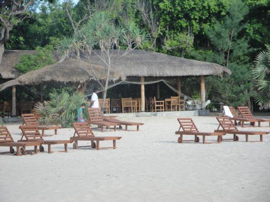 Nilaveli Beach Hotel: Nilaveli Beach