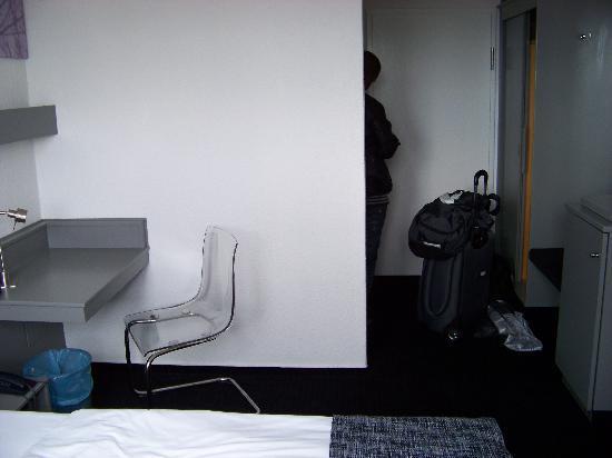 Days Inn Berlin West: twin room