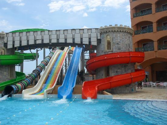 Le Marabout Hotel : The waterslides