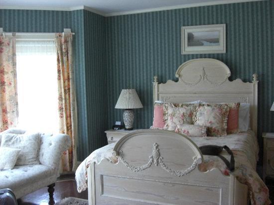 LimeRock Inn: Monhegan Room