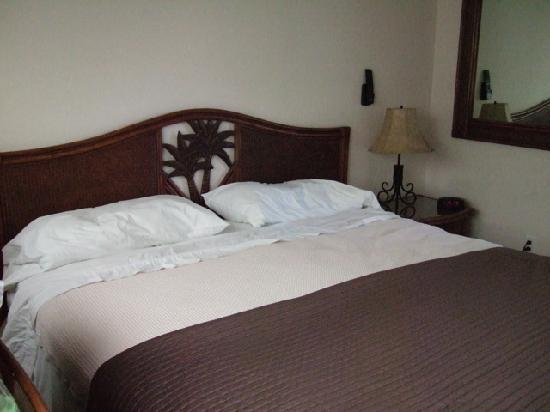 Tropical Breeze Resort: Comfortable bed
