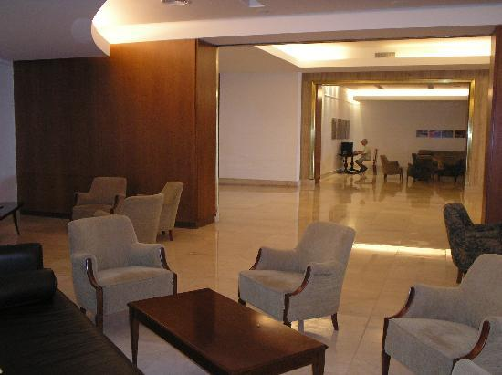NH Gran Hotel Provincial: lobby
