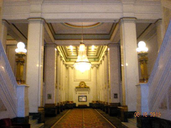 Kimpton Hotel Monaco Baltimore Inner Harbor: Hotel entrance