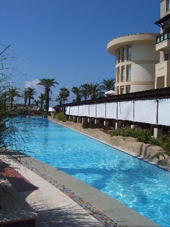 Xanthe Resort: pool and Hotel