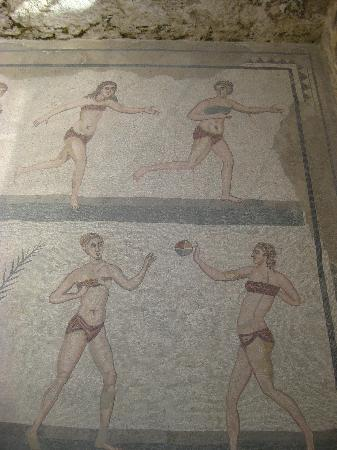 Mosaiics @ the Roman Villa archy site at Piazza Armerina
