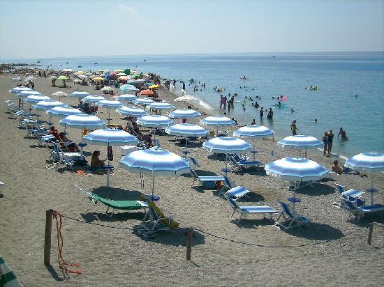 Acquappesa, Itália: La spiaggia