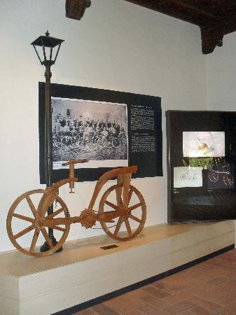 Vinci, إيطاليا: Museo Leonardiano_bicicletta