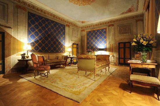 Palazzo Rocchi: salone