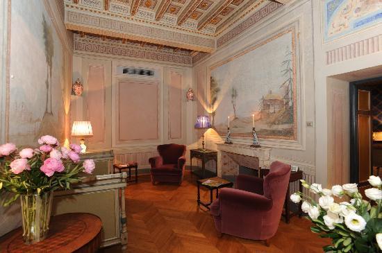 Palazzo Rocchi: salottino