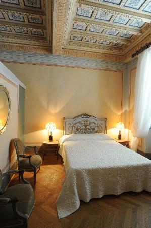 Palazzo Rocchi: camera