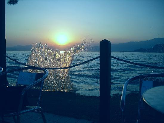 Color Hotel: bardolino sunset 2