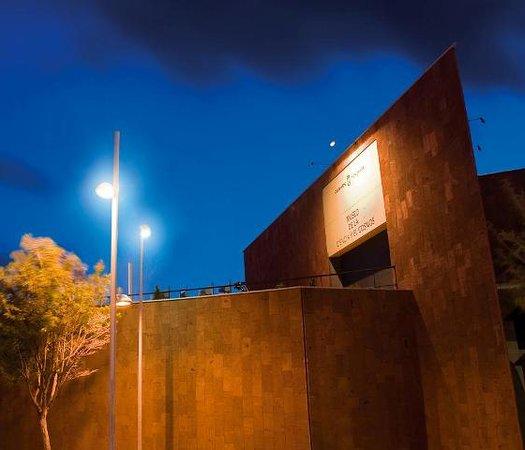 San Cristobal de La Laguna, إسبانيا: Museo de la Ciencia y el Cosmos. Fachada.