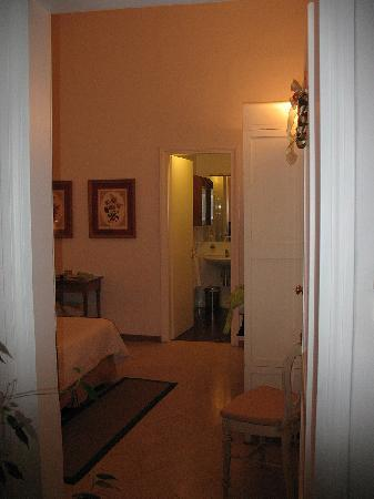 Residenza Il Maggio B&B : This is the bedroom I was assigned.