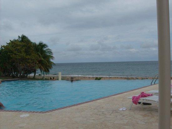 Maunabo, Puerto Rico: PISCINA