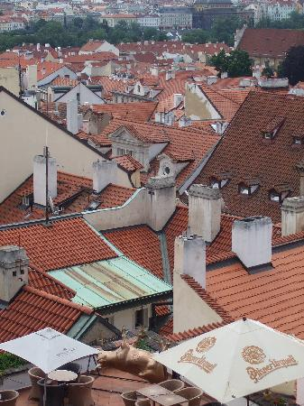 Praga, República Checa: red roofs