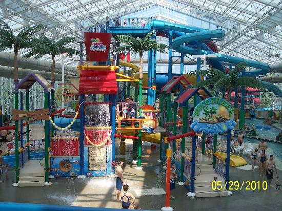 Big Splash Adventure Resort: Indoor water park