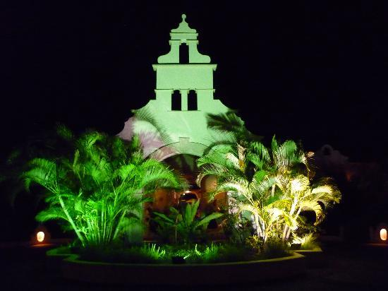 Spice Island Beach Resort: The resort entrance at night
