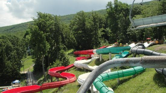 Camelbeach Mountain Waterpark: Park