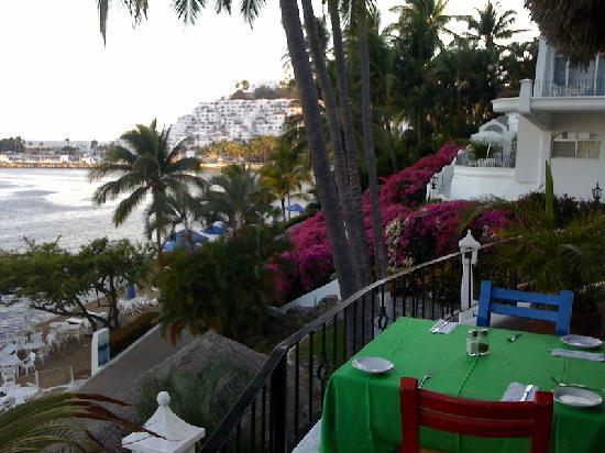 Paraiso restaurant views