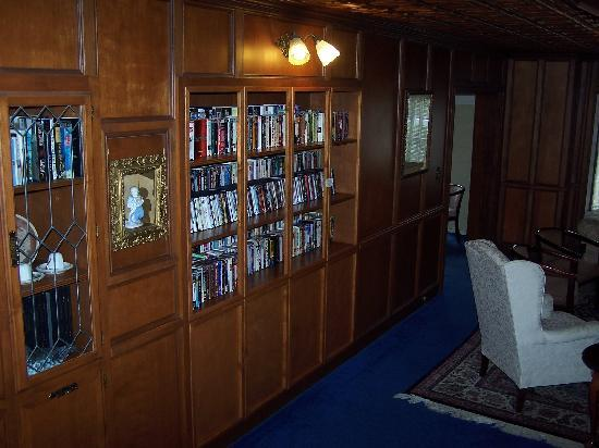 Burton Inn: DVD Library