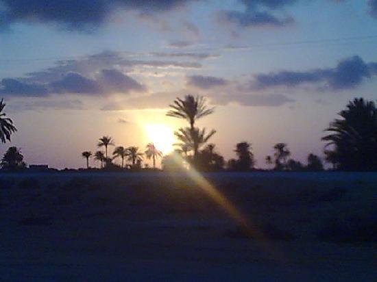 coucher de soleil sur zarzis