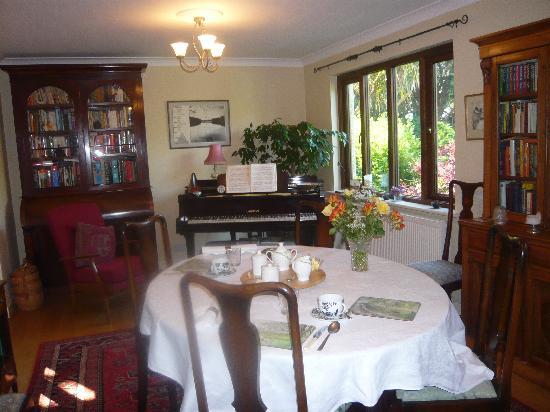 Hollow Tree House: Das Wohn-/Frühstückszimmer