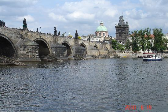 Hotel Kings Court: Charles Bridge