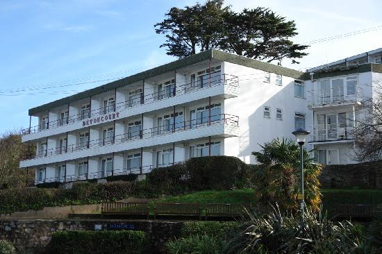 Devoncourt Holiday Apartments: Devoncourt, overlooking Brixham Harbour