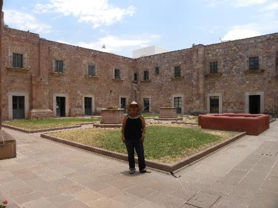Museo de Guadalupe : El patio central es hermoso y se respira el tiempo