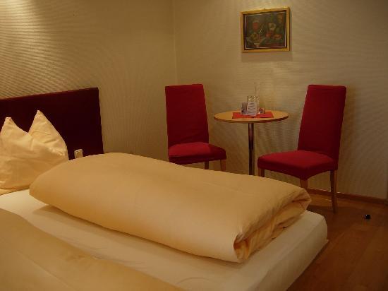 Hotel Hoher Freschen: Chambre coin salon