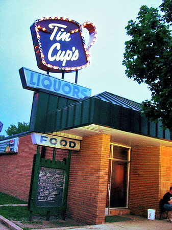 Saint Paul, MN: Tin Cups in St Paul, MN - reopened 2010
