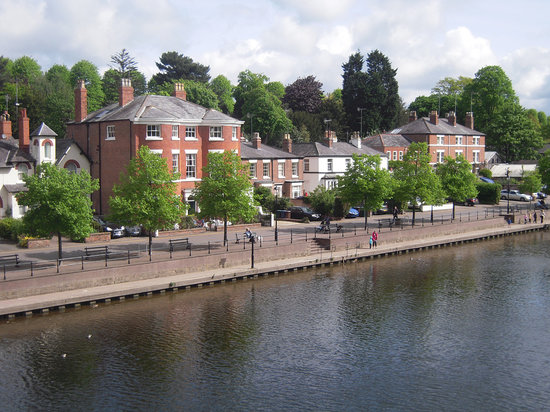 Tentry Heys: the walk by the river nearby