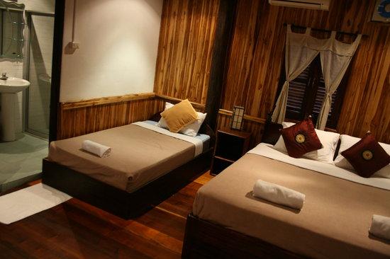 Souk Lan Xang Guest House: Bedroom