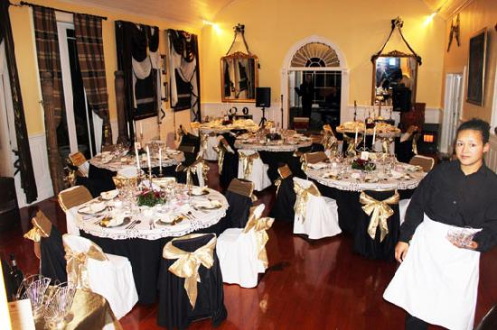 """Cotter House Luxury Retreat: The Banquet Hall dressed for the """"Titanic Dinner"""""""