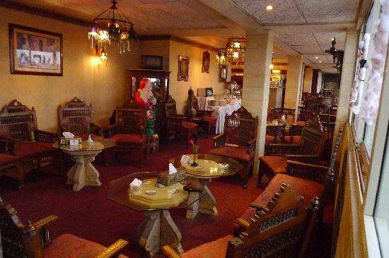 New Capri Hotel: restaurant