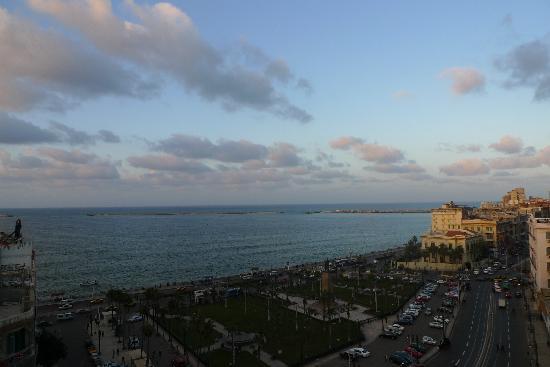 New Capri Hotel: Egyptian sea view