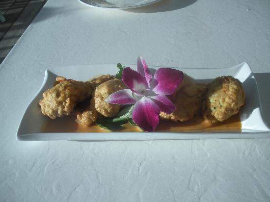 Boat House Restaurant: Appetizer: Shrimp Fritters with Orange Chipotle Dipping Sauce-very good-spicy but good